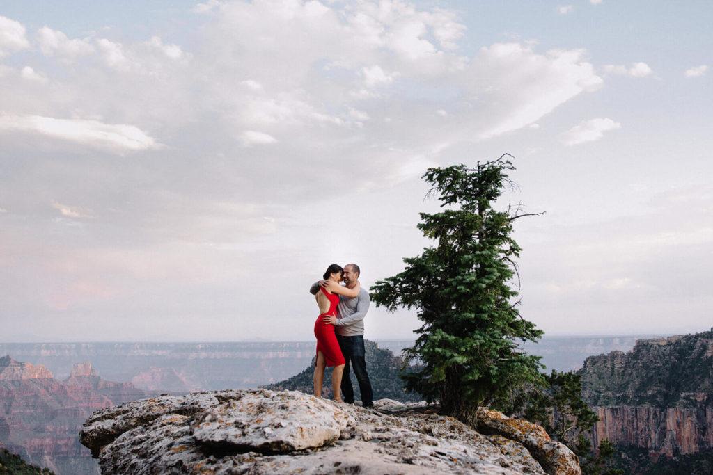 Romantic Grand Canyon Anniversary Session | Lauren DeGracia